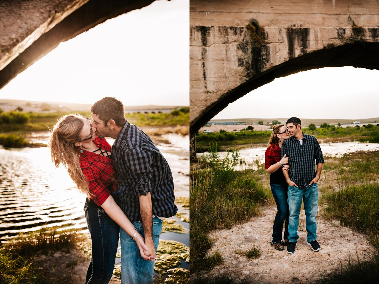 7. fun-santa-fe-wedding-adventurous-carlsbad-new-mexico-flumes-engagement-wedding-photographer-natural-andrea-van-orsouw-photography2.jpg