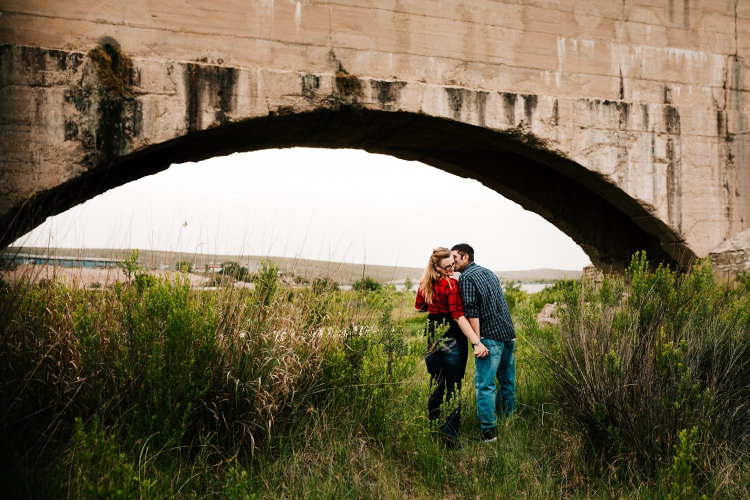 9. adventurous-wedding-photographer-fun-natural-flumes-engagement-carlsbad-new-mexico-andrea-van-orsouw-photography-albuquerque2.jpg