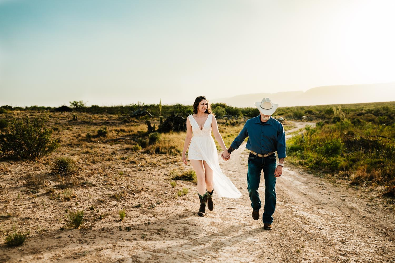 1. adventurous-new-mexico-fun-washington-ranch-carlsbad-wedding-photographer-natural-andrea-van-orsouw-photography2.jpg