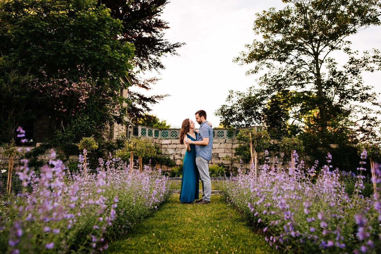 10. fun-albuquerque-corrales-adventurous-wedding-photographer-harkness-memorial-park-andrea-van-orsouw-photography-natural4.jpg