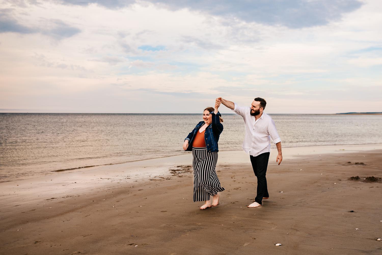 4. adventurous-boston-wedding-photographer-natural-albuquerque-fun-Andrea-van-orsouw-photography-crane-beach1.jpg