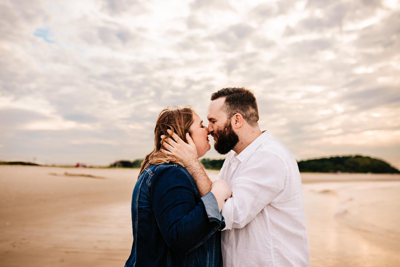 4. adventurous-boston-wedding-photographer-natural-albuquerque-fun-Andrea-van-orsouw-photography-crane-beach2.jpg