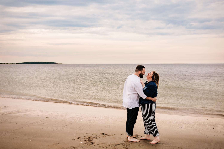 5. crane-beach-Andrea-van-orsouw-photography-natural-boston-wedding-photographer-fun-adventurous-new-mexico1.jpg