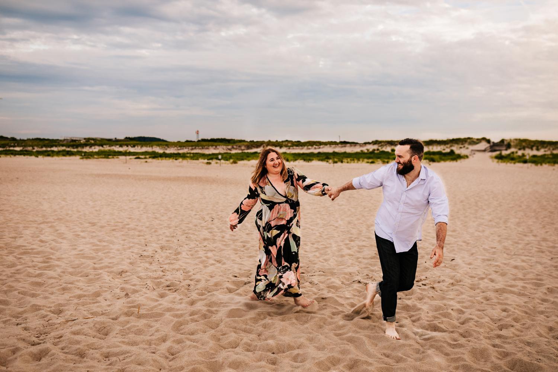 7. crane-beach-Andrea-van-orsouw-photography-natural-fun-wedding-photographer-adventurous-boston-albuquerque2.jpg