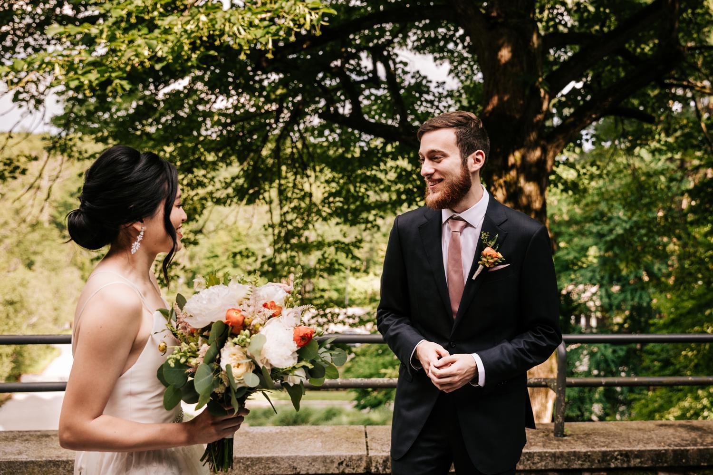 5. wedding-photographer-fun-new-mexico-natural-boston-adventurous-andrea-van-orsouw-photography-decordova-musuem4.jpg
