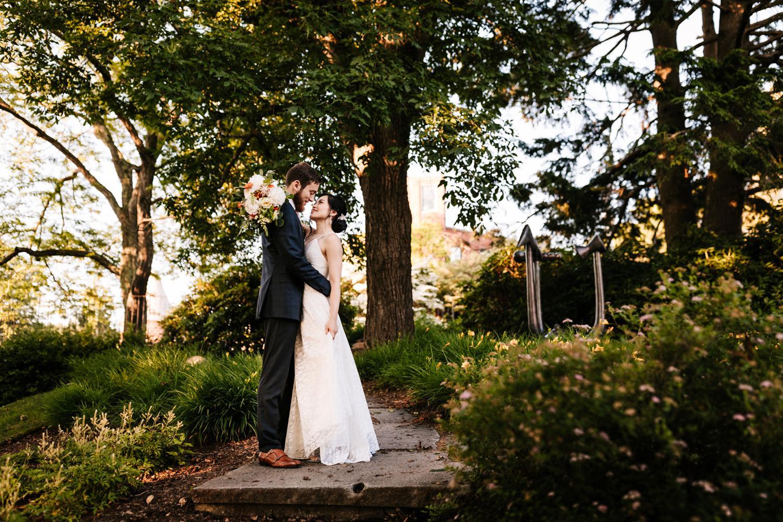 14. natural-boston-photographer-new-mexico-fun-weddings-natural-Andrea-van-orsouw-photography-decordova-musuem4.jpg