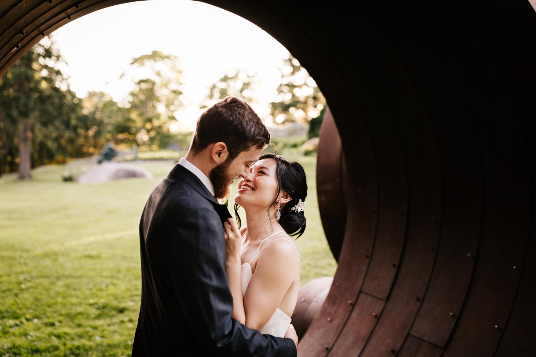 18. fun-massachusetts-wedding-photographer-advengturous-decordova-musuem-andrea-van-orsouw-photography-southwest-natural1.jpg