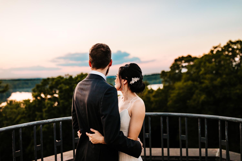 19. natural-southwest-photographer-boston-wedding-fun-albuquerque-decordova-museum-adventurous-andrea-van-orsouw-photography1.jpg
