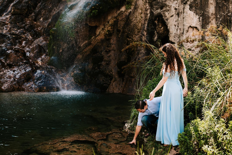 1. carlsbad-new-mexico-sitting-bull-falls-albuquerque-anta-fe-engagement-wedding-photographer-fun-natural-adventurous-andrea-van-orsouw-photography3.jpg