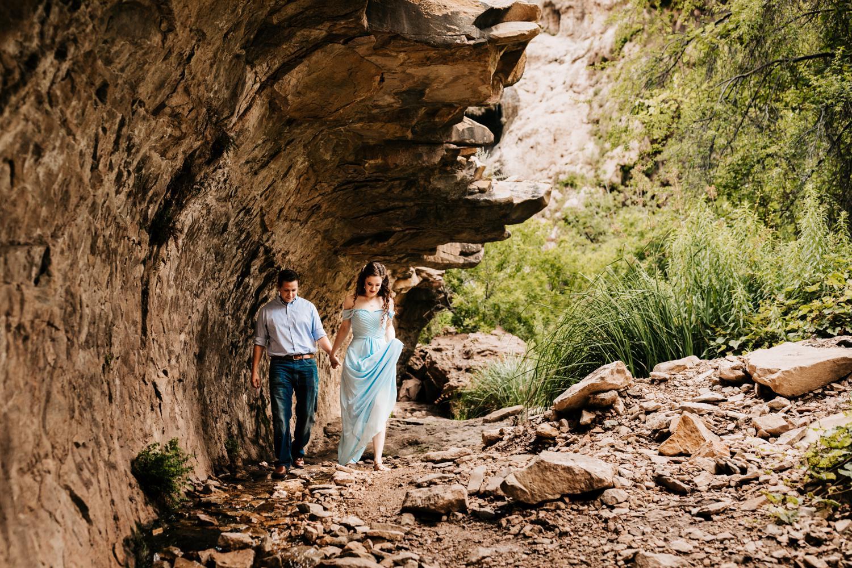 2. fun-andrea-van-orsouw-photography-natural-wedding-photographer-adventurous-sitting-bull-falls-carlsbad-new-mexico-albuquerque-santa-fe1.jpg