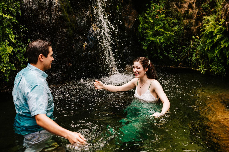 4. sitting-bull-falls-adventurous-engagement-photography-fun-albuquerque-wedding-photographer-andrea-van-orsouw-photography-carlsbad-new-mexico8.jpg