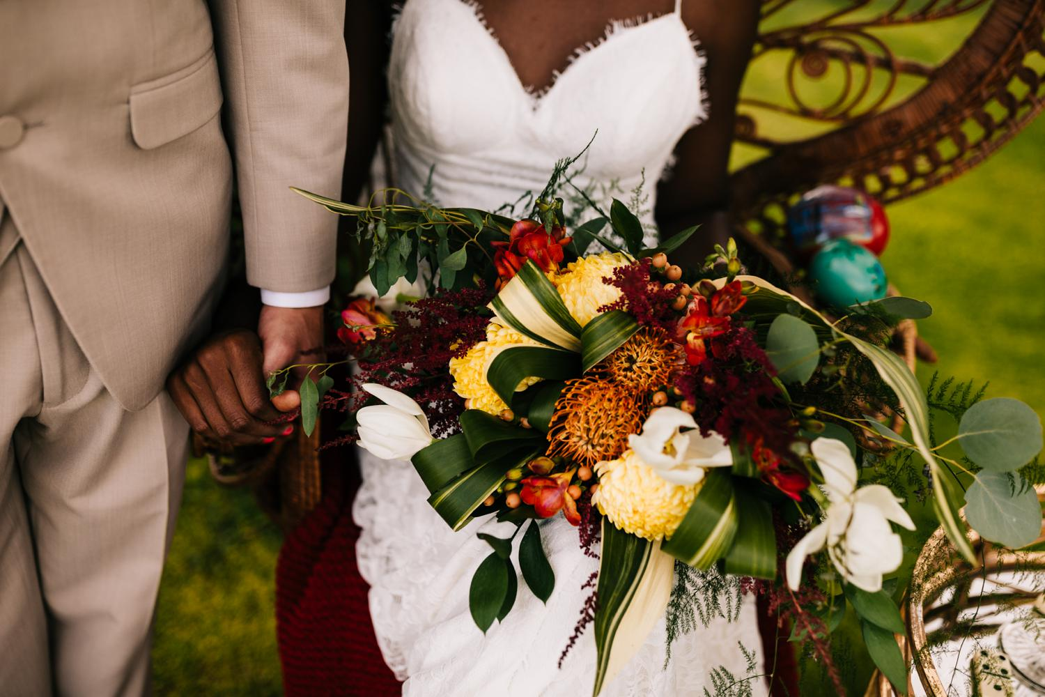 Flower details in tropical themed wedding in Albuquerque, New Mexico