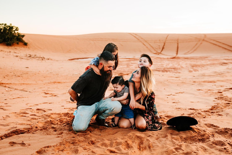6. family-albuquerque-carlsbad-fun-photographer-andrea-van-orsouw-adventurous-photography-new-mexico-natural3.jpg