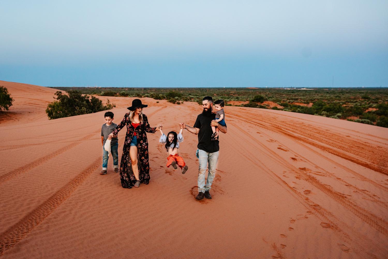 7. natural-new-mexico-family-carlsbad-fun-albuquerque-photographer-adventurous-andrea-van-orsouw-photography4.jpg
