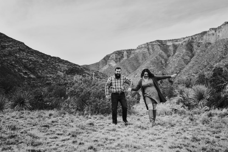 6. adventurous-ruidoso-andrea-van-orsouw-el-paso-photography-fun-wedding-natural-el-paso-photographer-guadalupe-mountains1.jpg