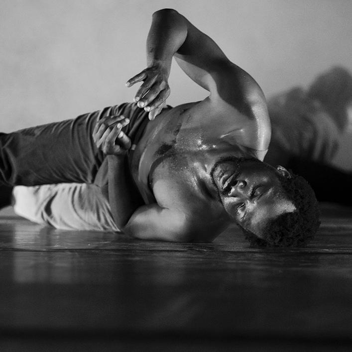 AMAEL MAVOUNGOU  - Dancer