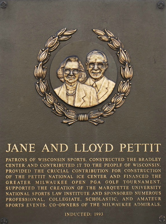 Pettit Jane and Lloyd.jpg