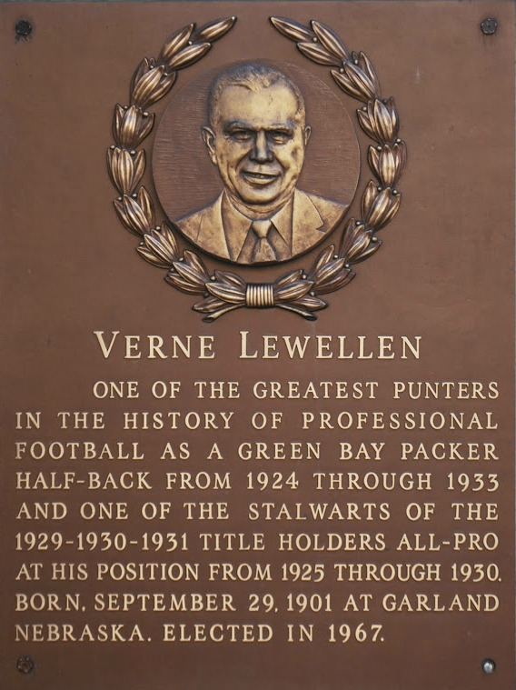 Lewellen Verne.jpg
