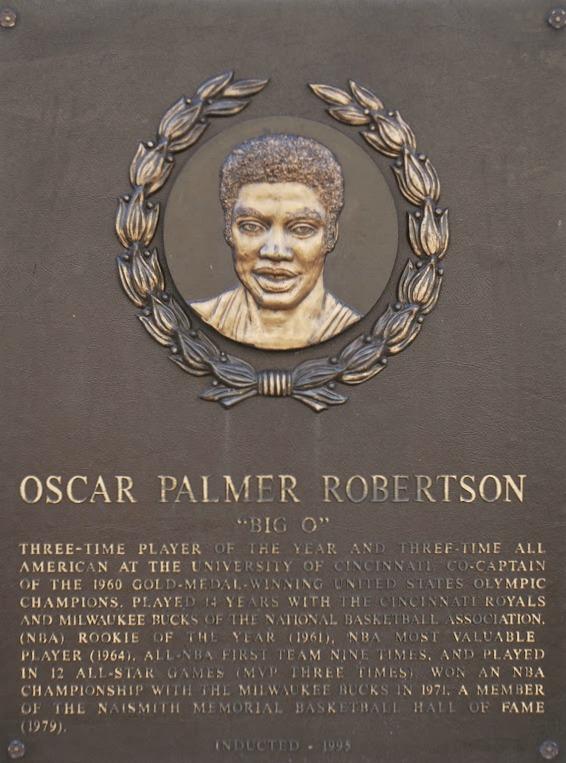 Robertson Oscar.jpg