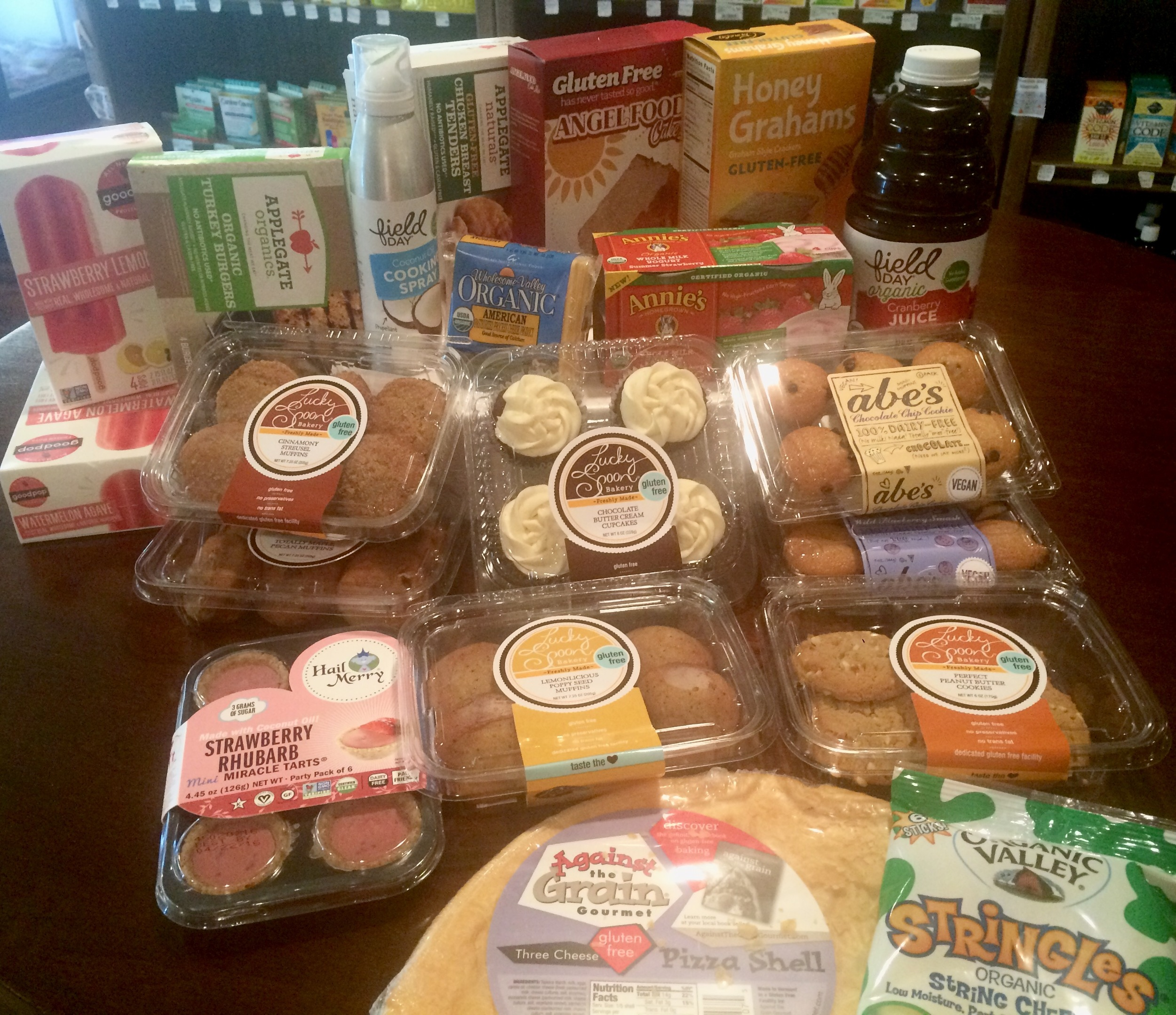 Fresh Palate ordered a plethora of new products in this week! Abe's vegan muffins, Lucky Spoon Bakery gluten free cookies and muffins, Against the Grain gluten free pizza crust, Goodpop popsicles, Applegate turkey burgers and gluten free chicken tenders, and others!!