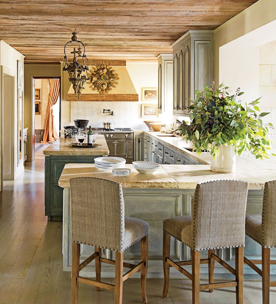 traditional-kitchen-kara-childress-inc-houston-texas-201308_1000-watermarked.jpg