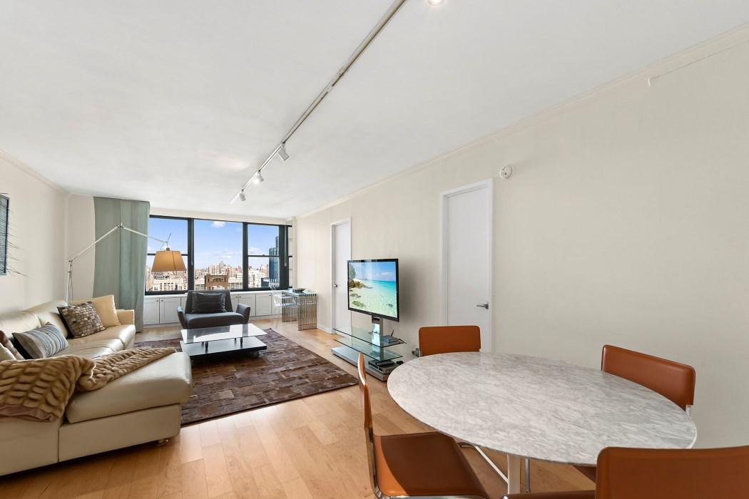 Luxury NYC Real Estate Maria Bazo2.jpg
