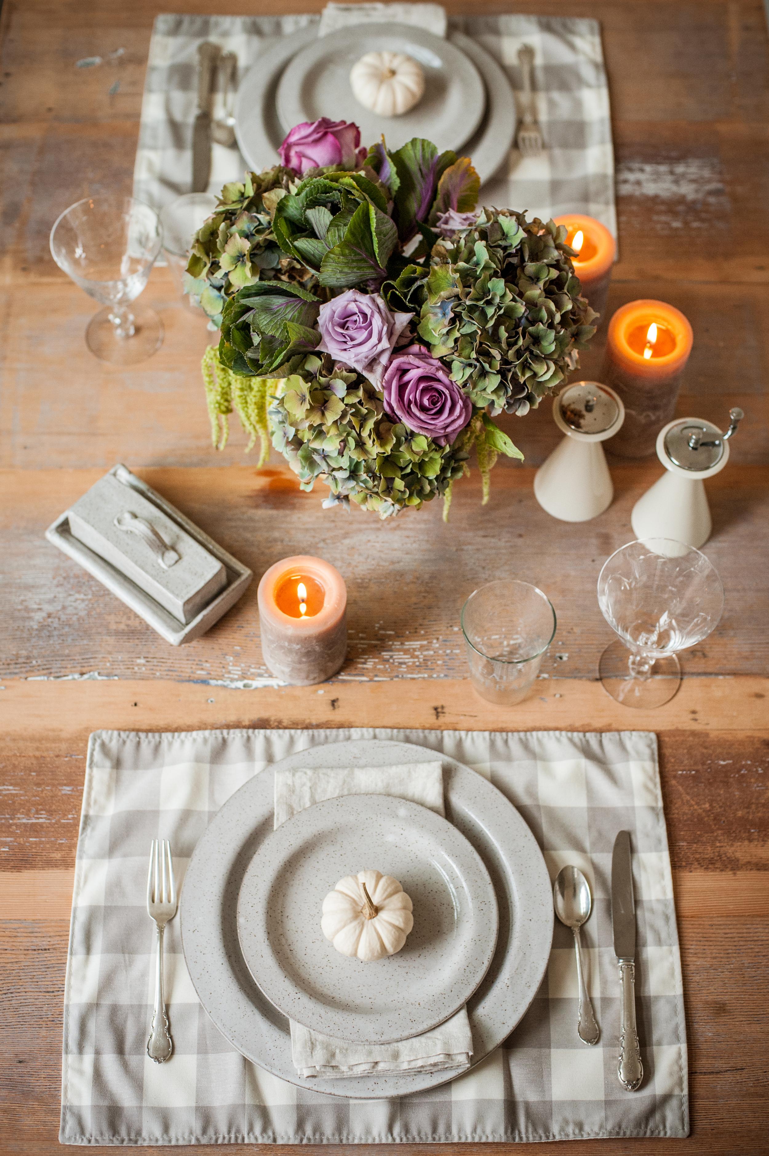 white_porcelain_fall_table_setting