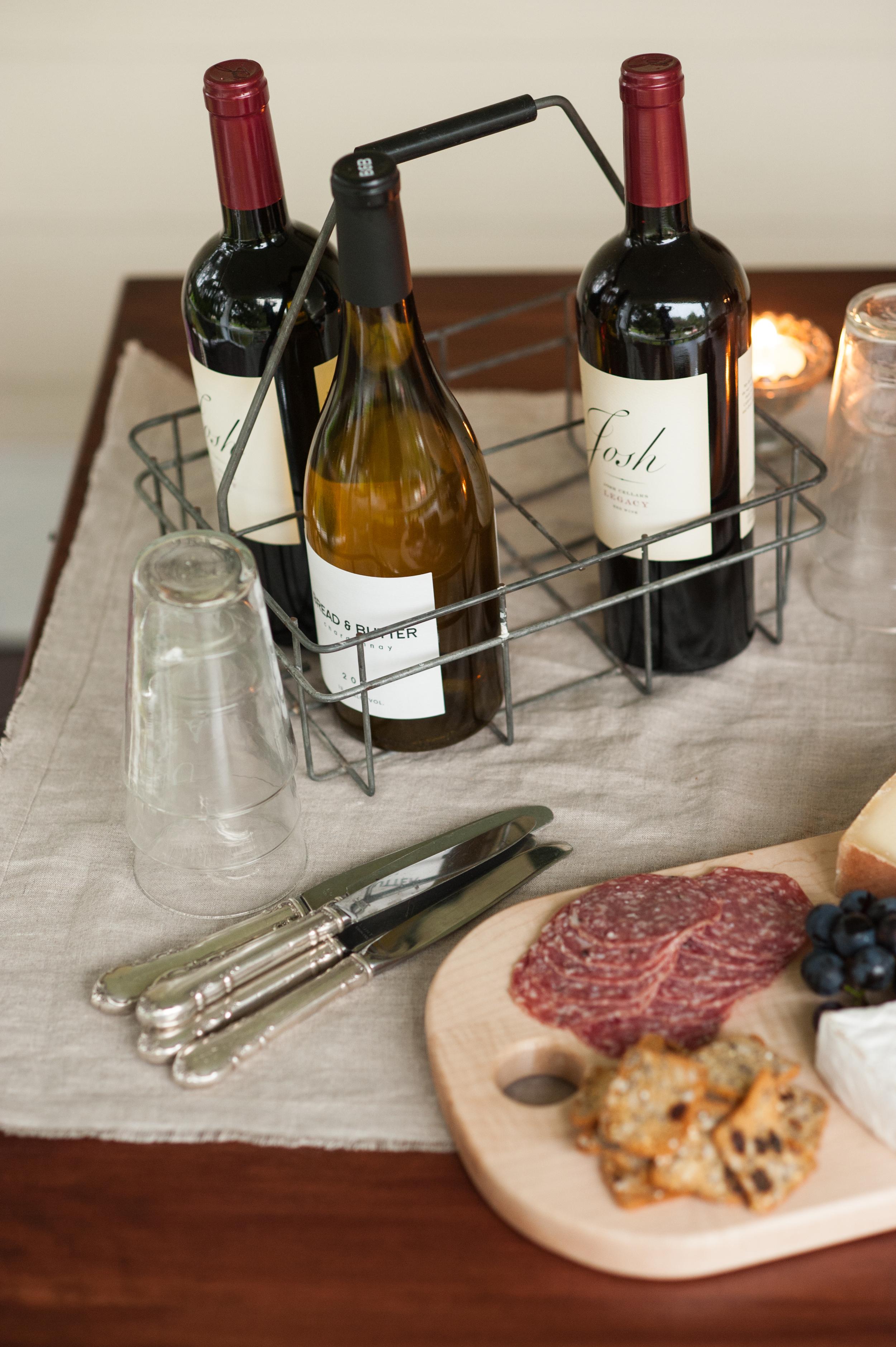 wine_bottles_in_carrier