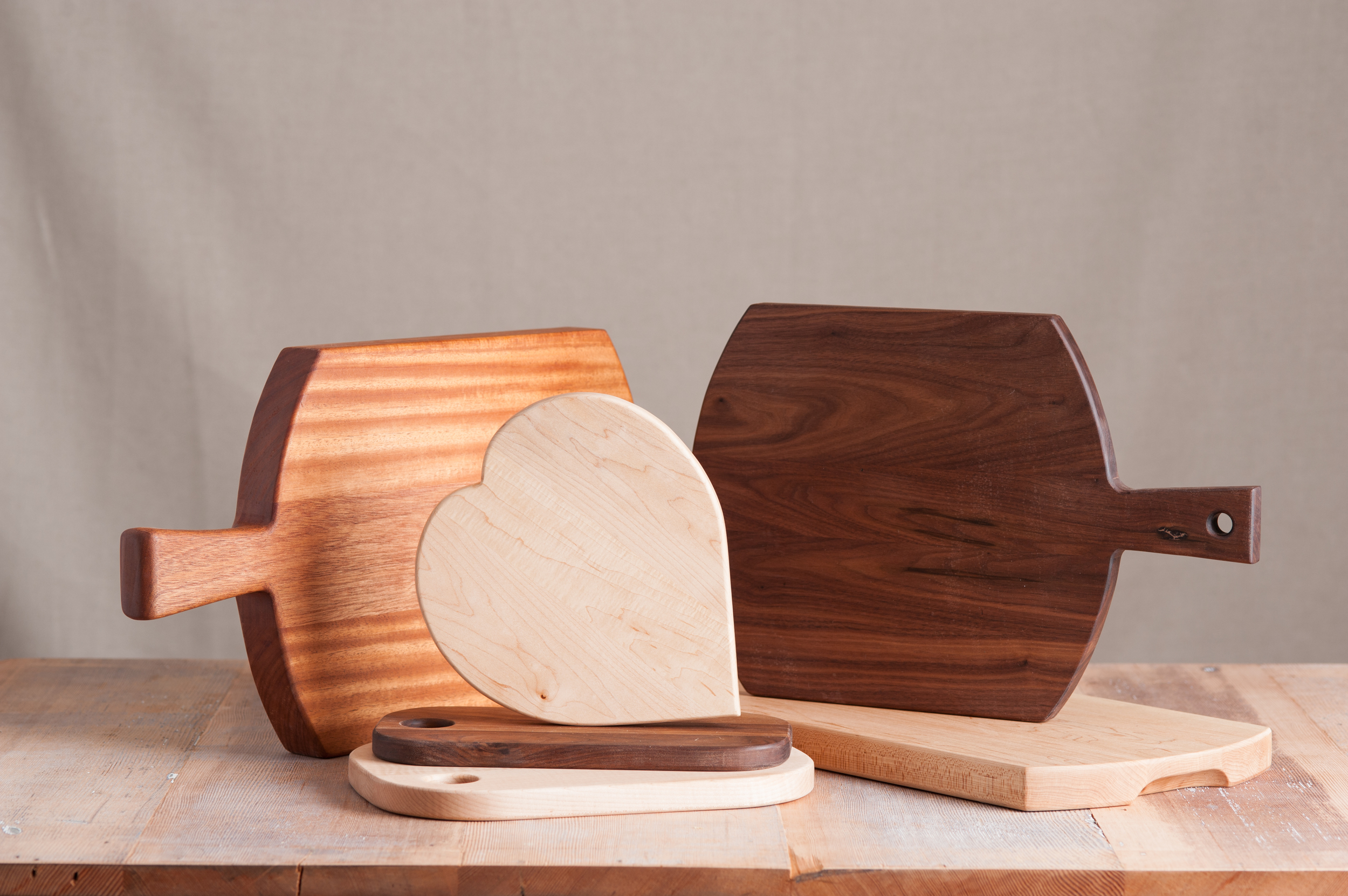 assorted_wooden_cutting_boards
