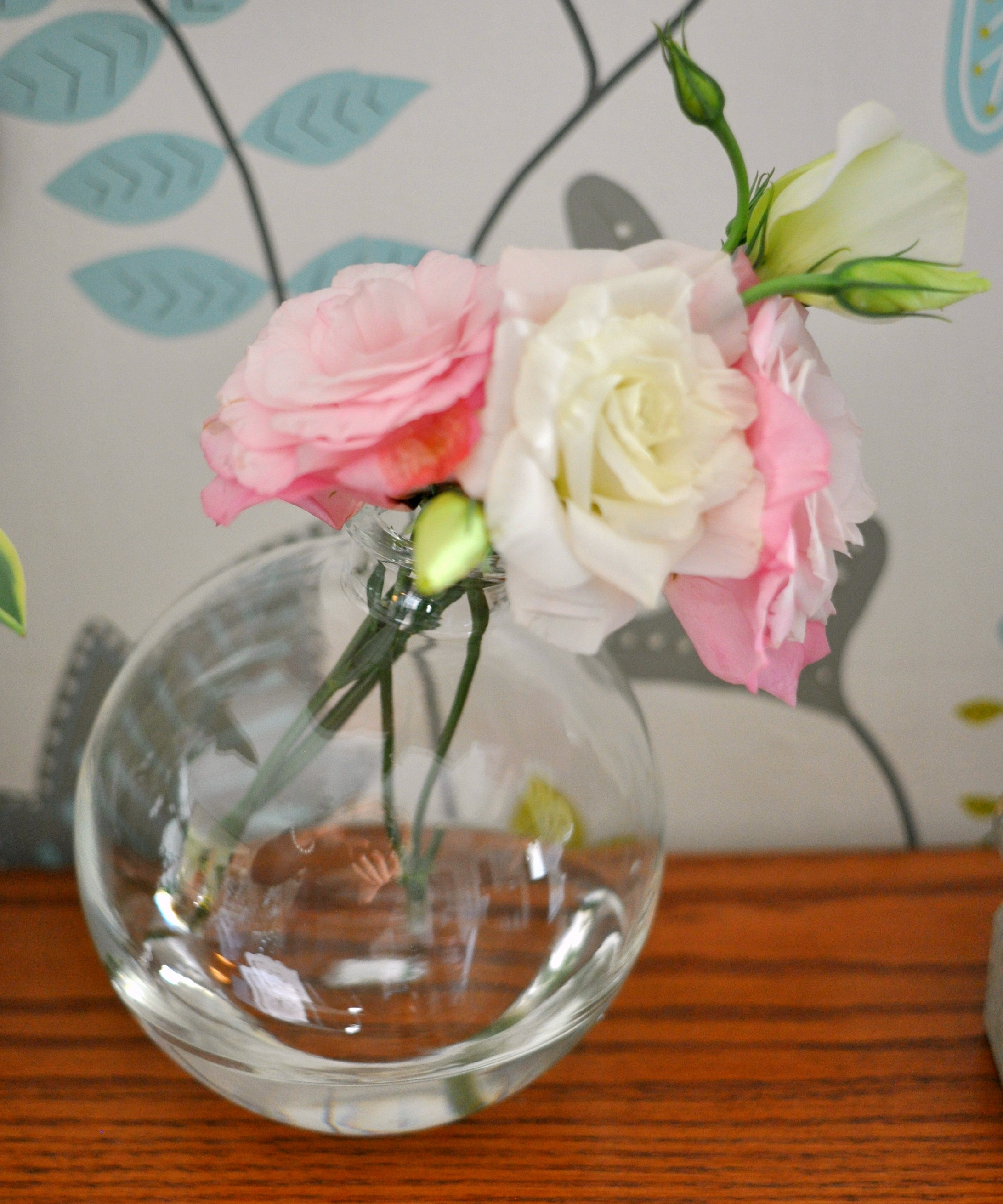 flowers_in_clear_vase