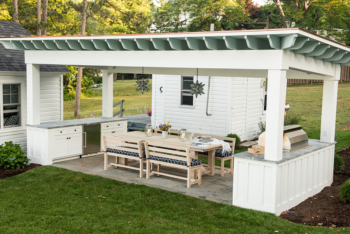 pergola-outdoor-kitchen