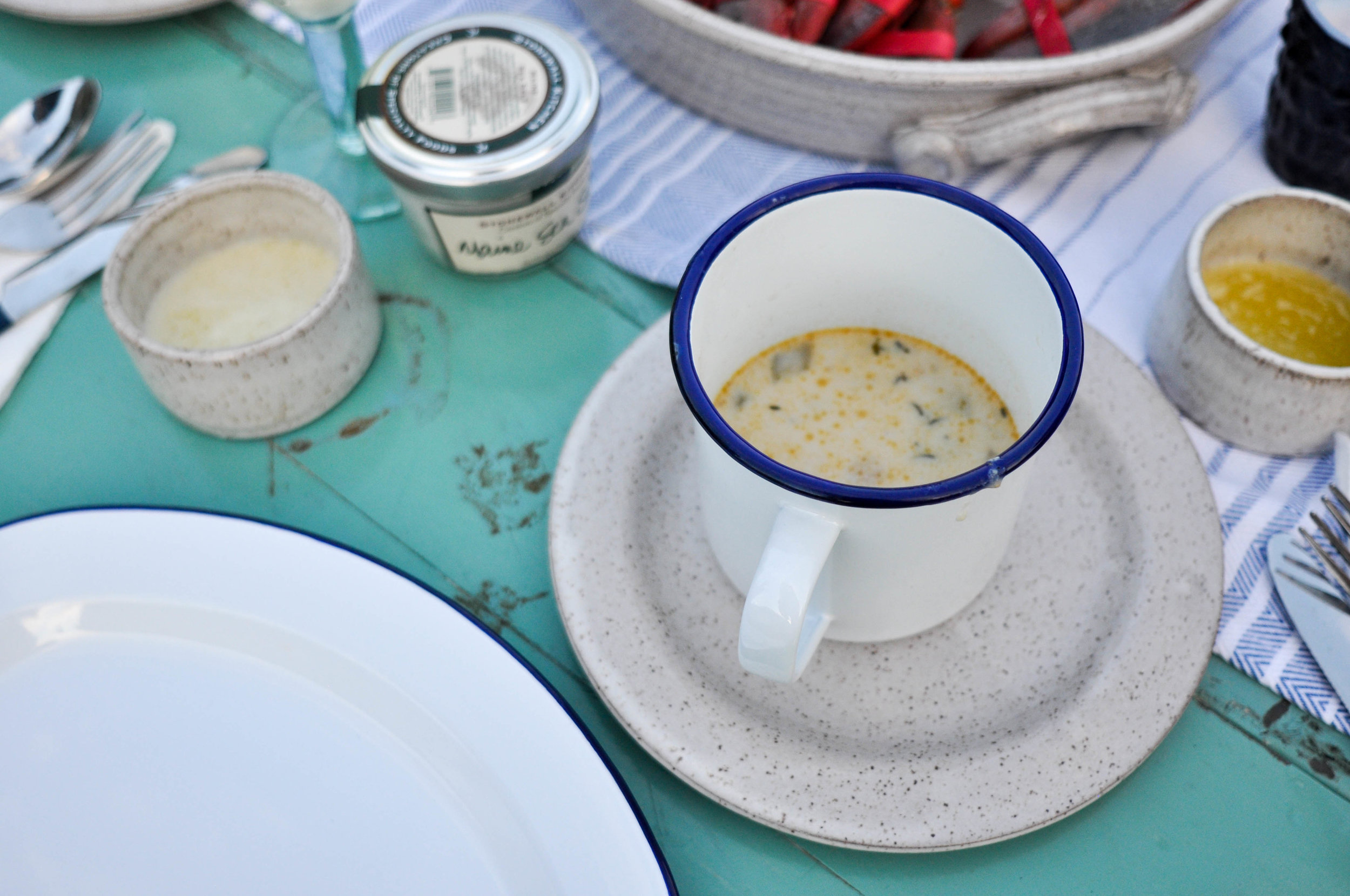 clam-chowder-lobster-picnic
