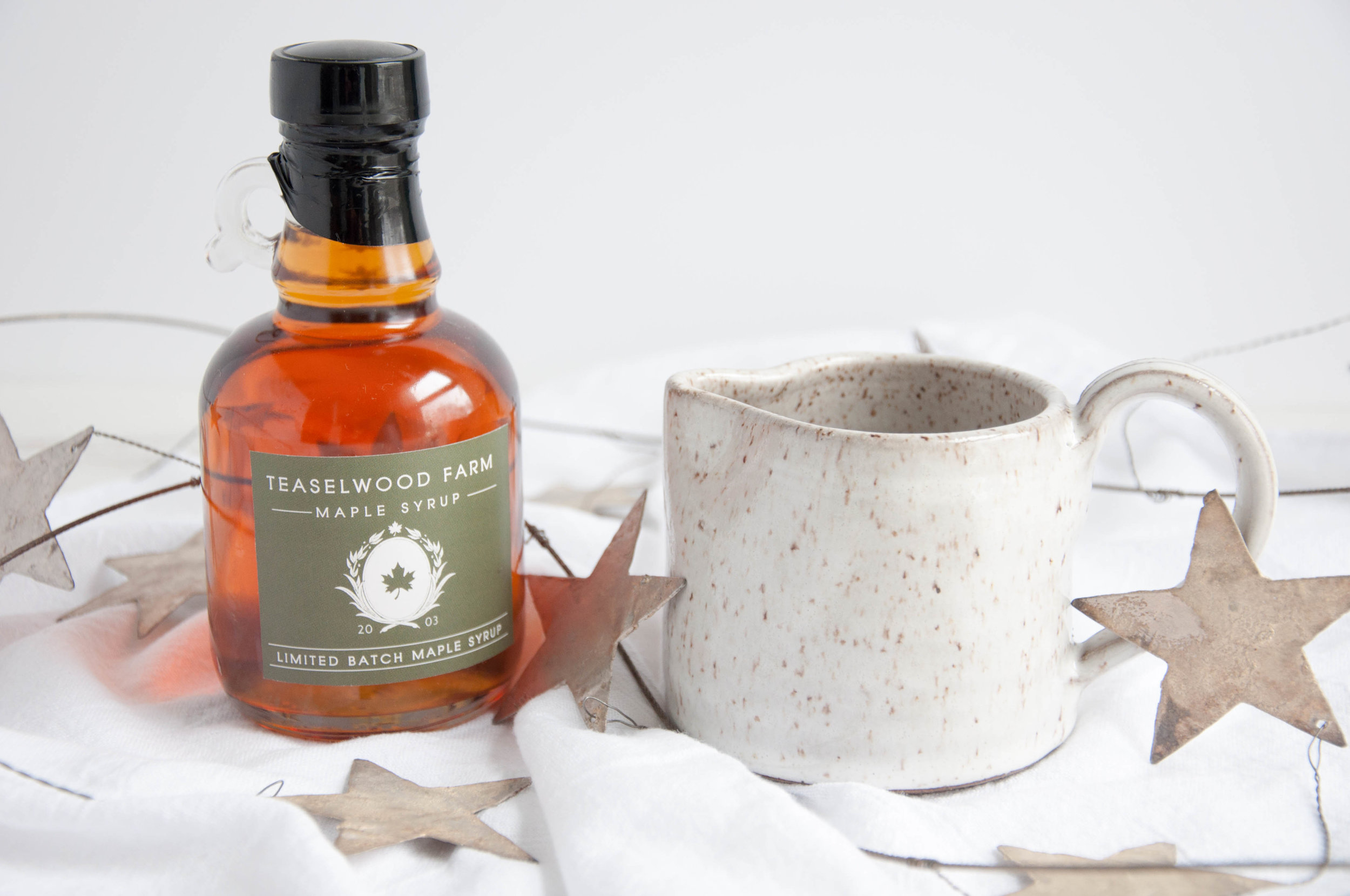 maple-syrup-pitcher