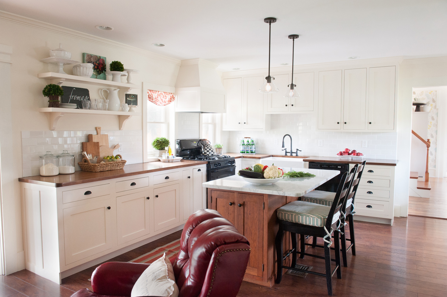 Teaselwood Farmhouse |  View Entire Project