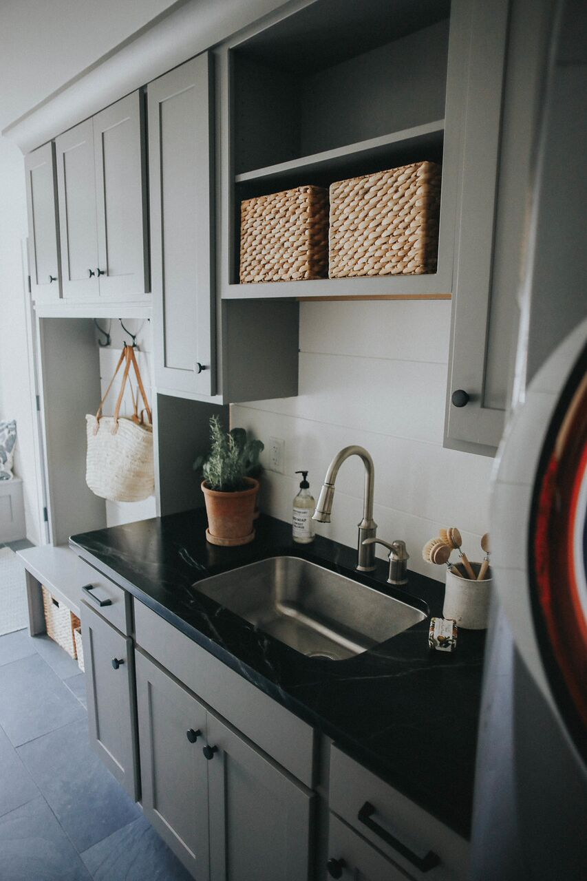 mudroom laundry room