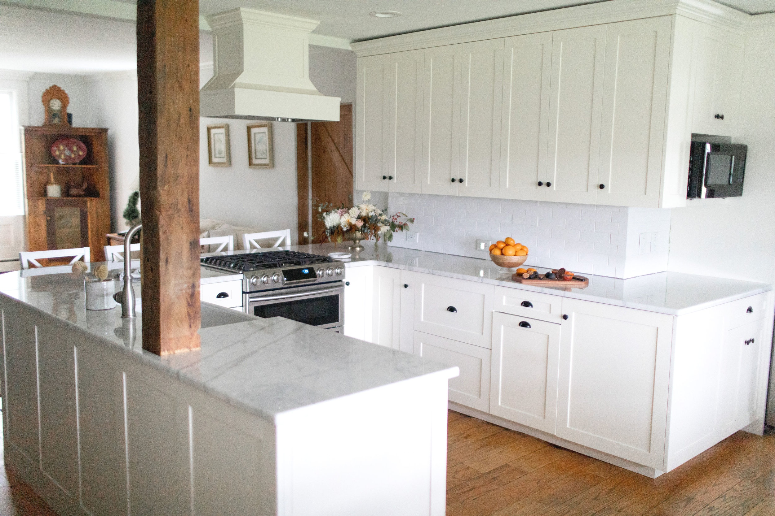 Small u shaped kitchen remodel idea Skaneateles interior designer