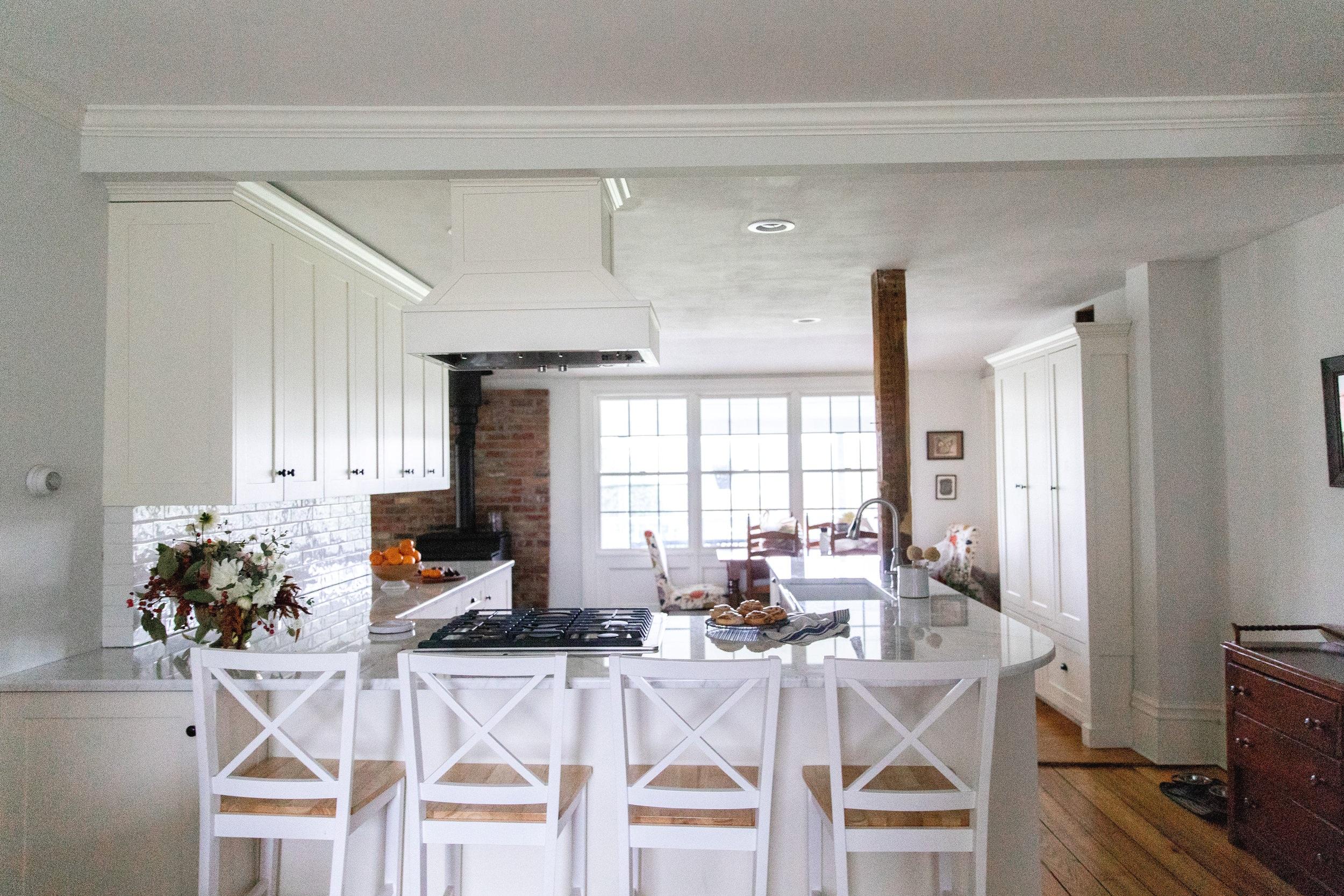 Small u-shaped kitchen remodel ideas, Skaneateles, NY interior designer