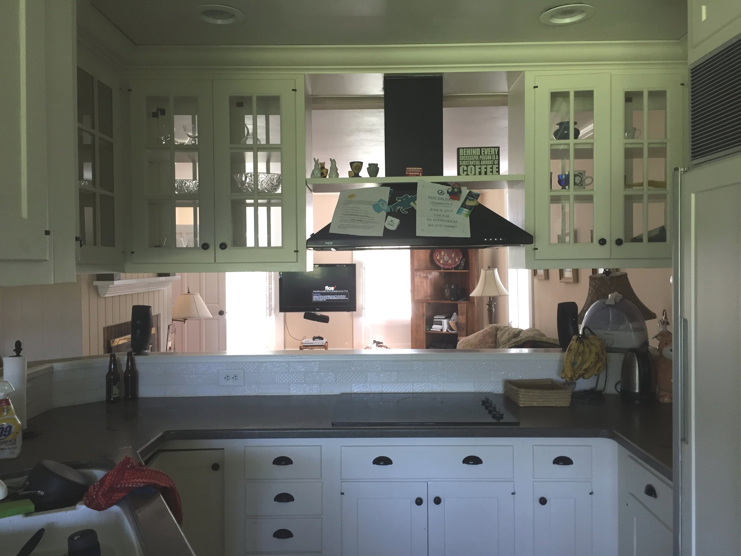 Before and After Farmhouse kitchen