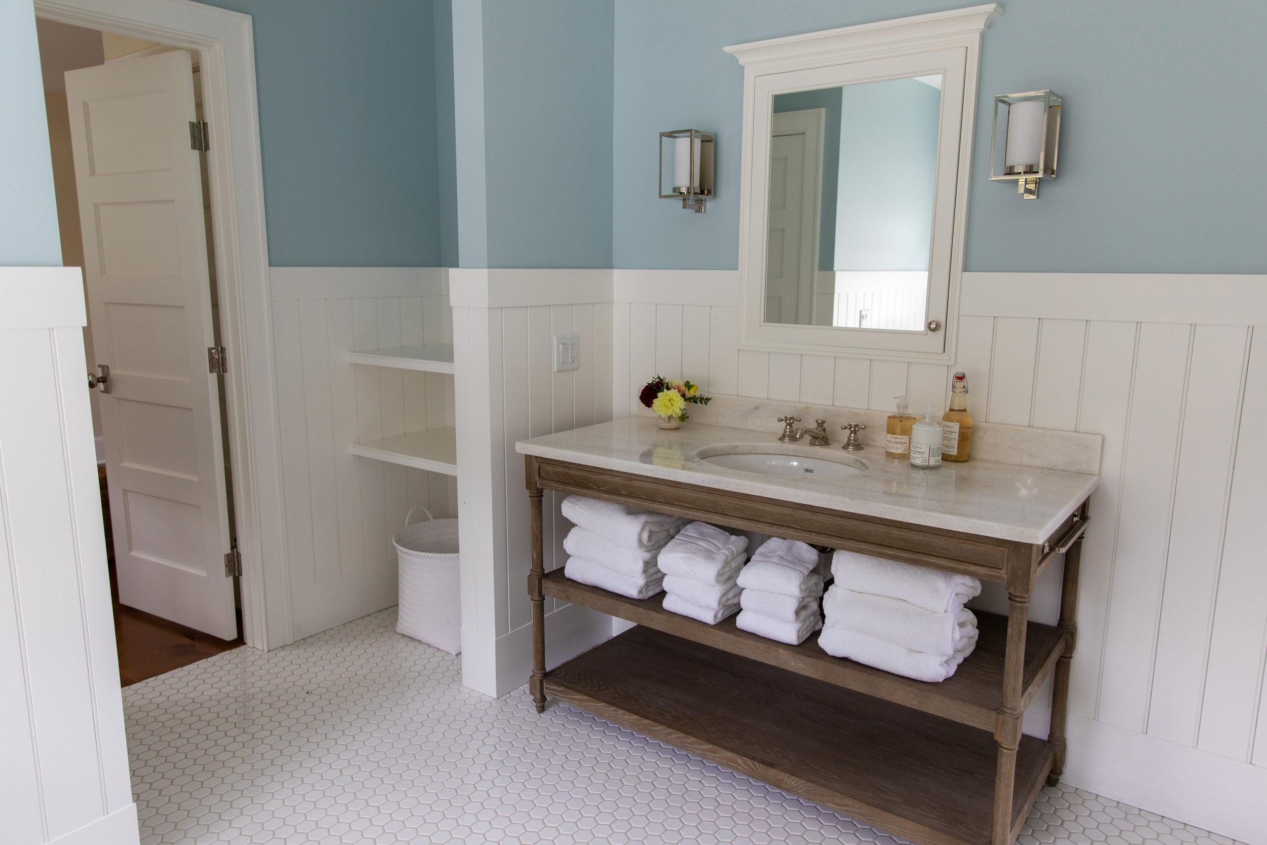 Bathroom-storage-ideas
