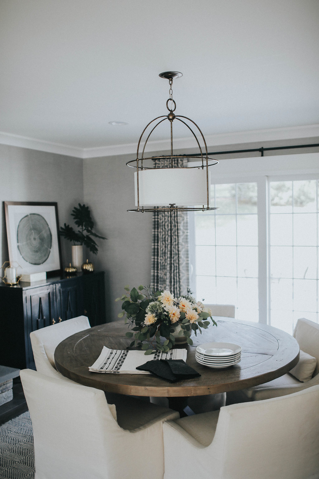how to pick the right size chandelier for your dining room