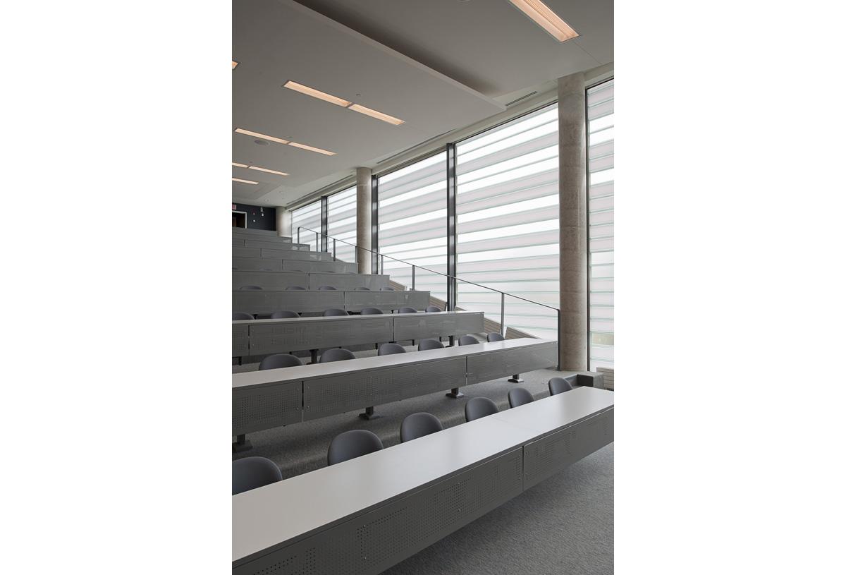 Waterloo Optometry Interior 01