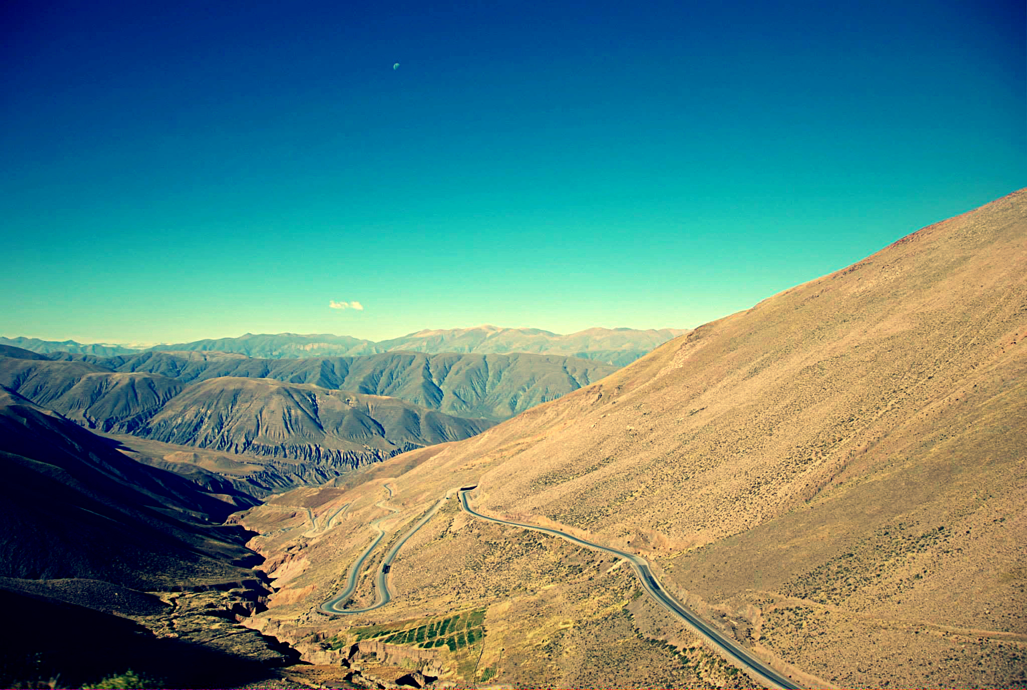 Road between Chile and Argentina