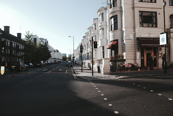 Most of London's streets are curb free on the corners.