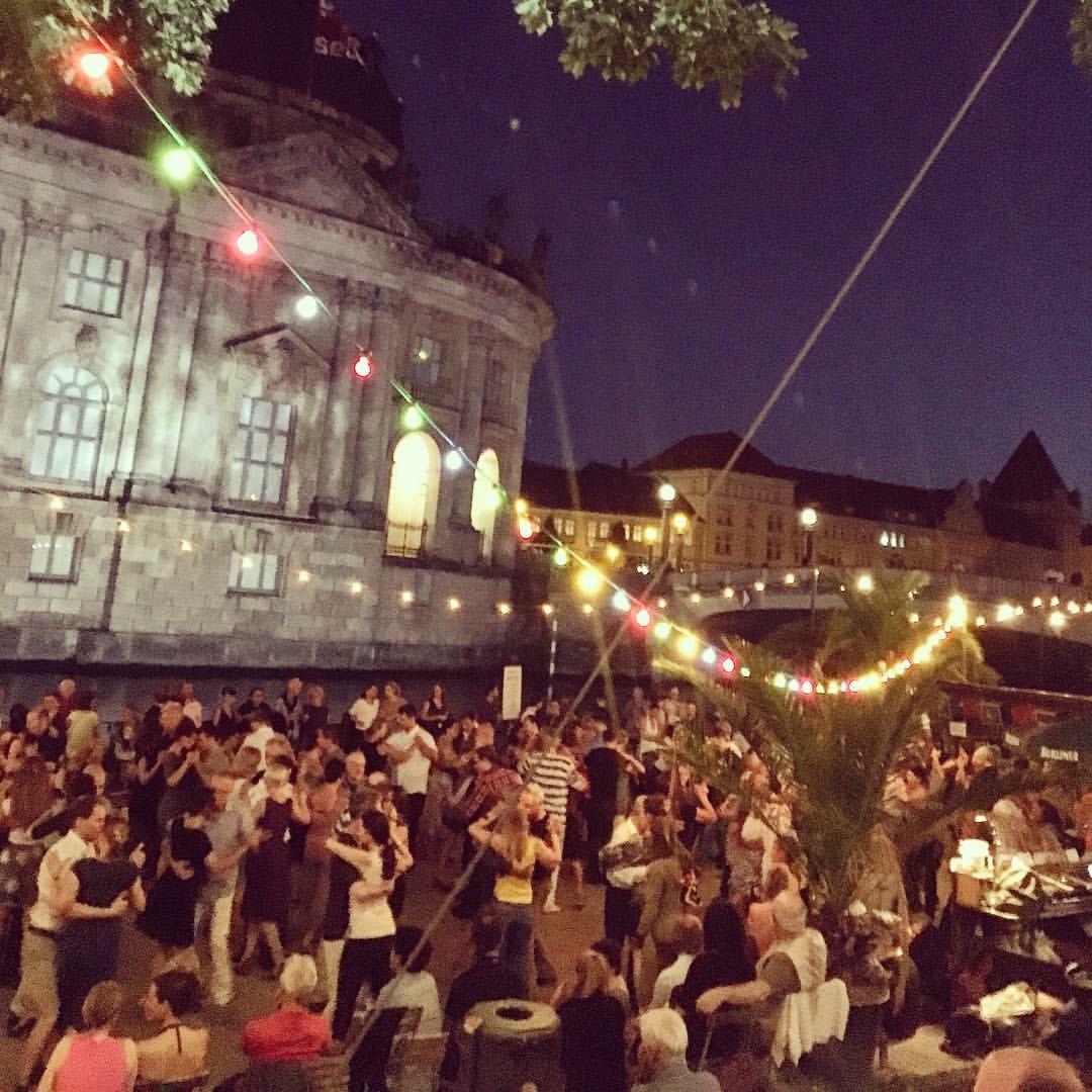 Summer night live music in the Monbijoupark