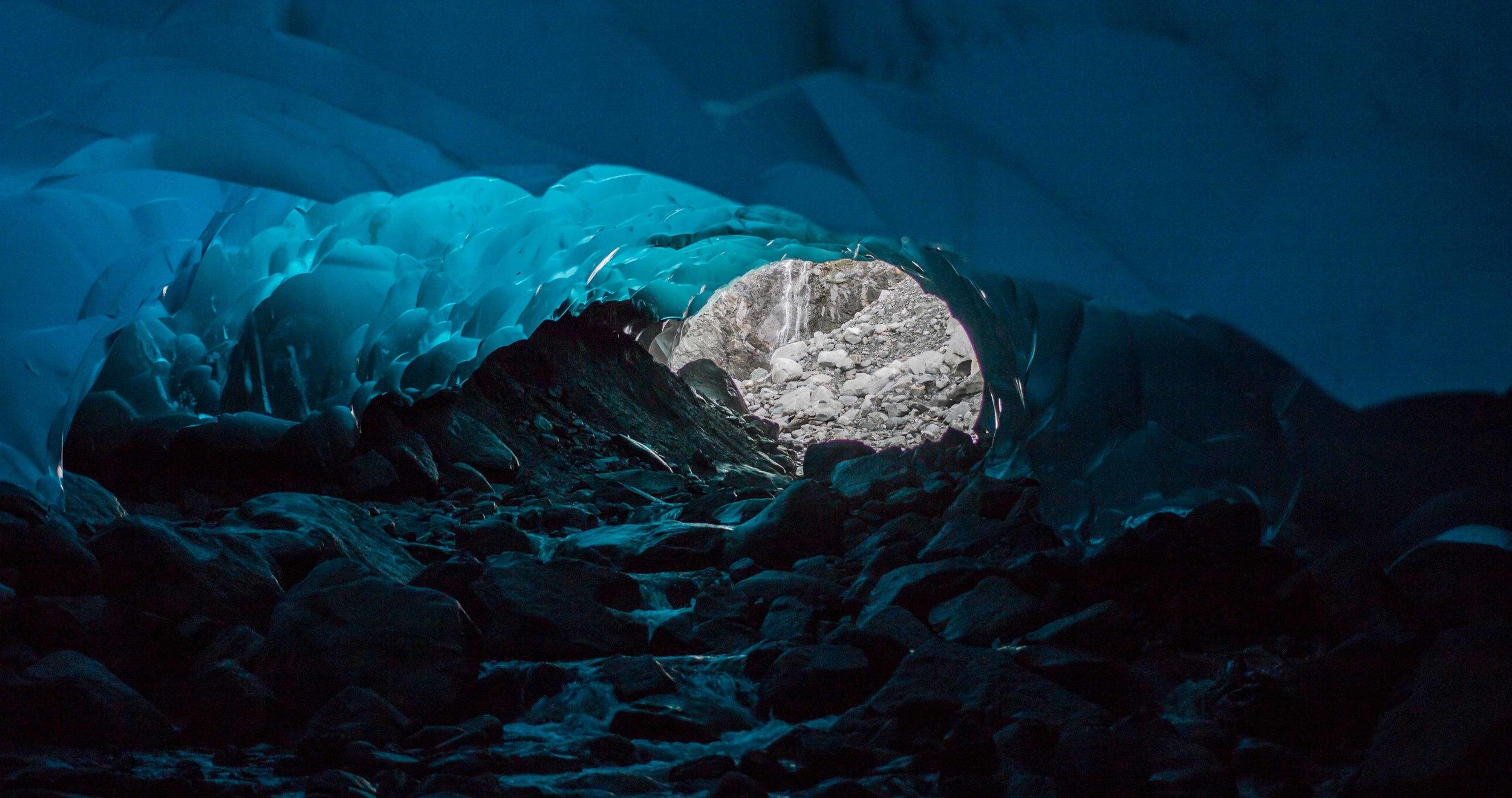 171b_ice_Cave.jpg