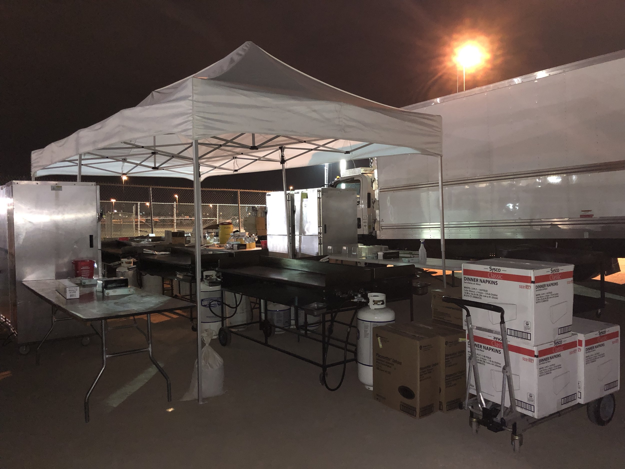 Large Events - On site production for the freshest quality breakfasts, lunch or dinner for your large event 500 guests and up to as large as 10,000 guests.Call us to schedule an on site meeting and free consultation for your special event. (Menus coming soon)