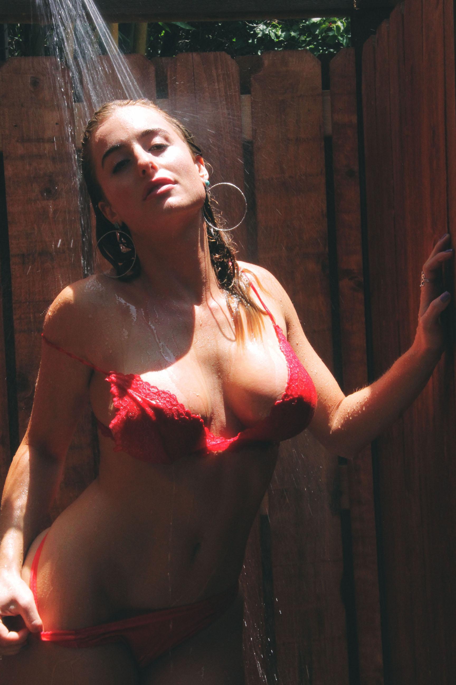 Carmen Rose - Kaloopy 06.JPG