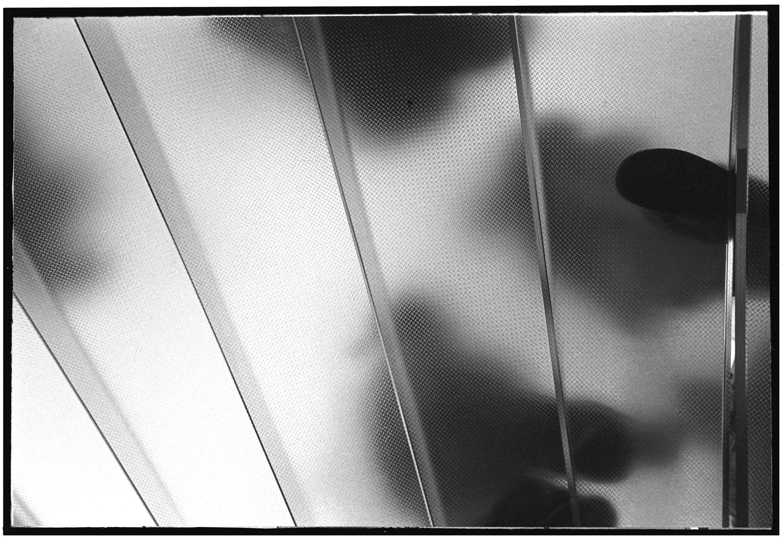 Underfoot_04.jpg