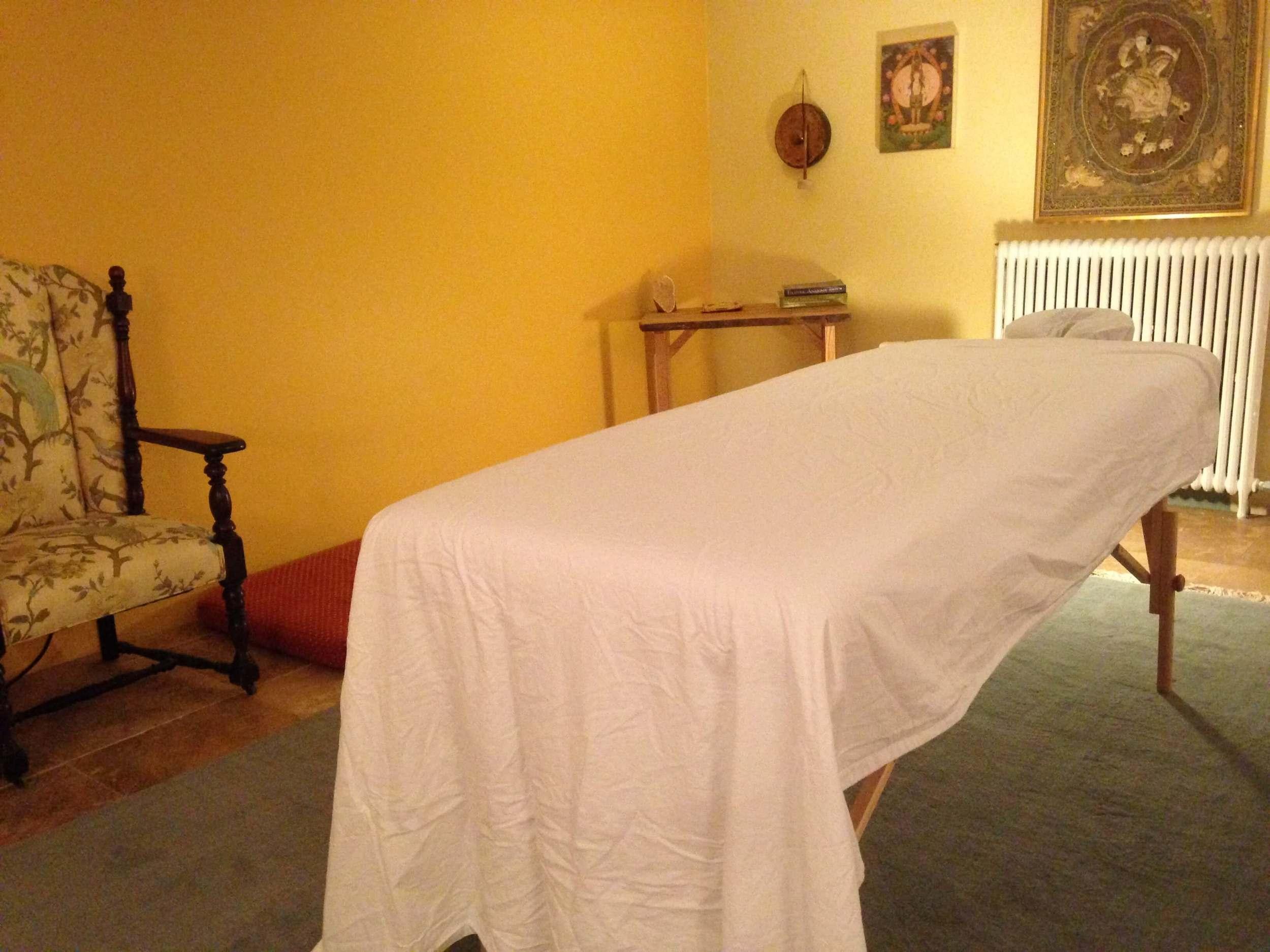Monarch Massage Therapy DC's massage studio for Deep Tissue, Sports massage, Therapeutic massage, Prenatal massage, and swedish massage