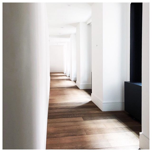 ☀️ + 🖼 = 👌🏼 . . . . . . #interiordesign #architecture #furniture #marasilberstudio #interiors #homedecor #noho